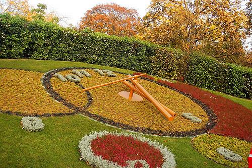 180704Zaldy Camerino Horloge Fleurie (Flower Clock)